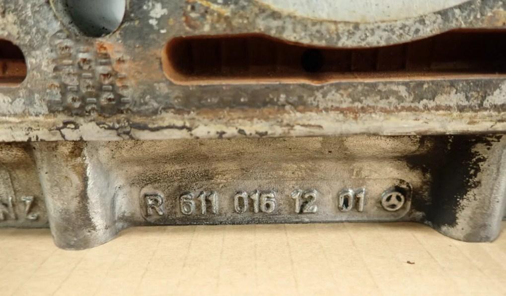 Нахождение номера на двигателе автомрбиля Mercedes Vito